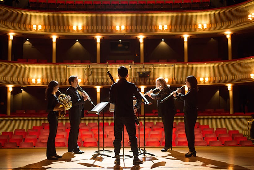 音乐留学有前途吗?从国外音乐学院毕业后可以从事什么工作?